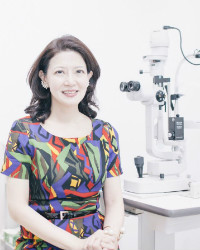Dr. Angela Loo - Top Vision Eye Specialist Centre